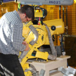 Fanuc robot service and suppost