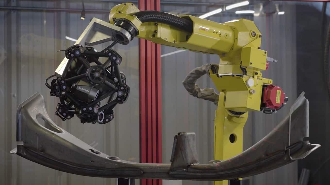 Creaform System inspecting automotive part