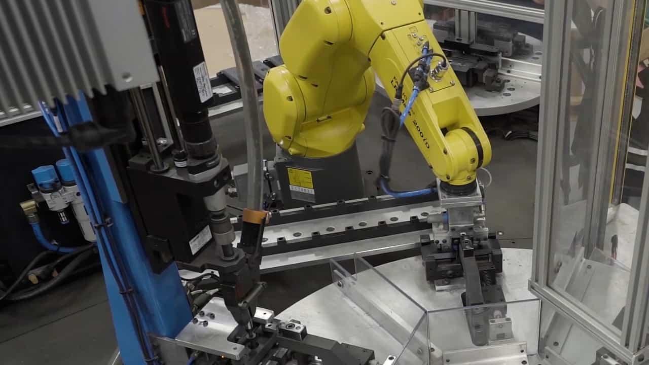 Robotic assembly process